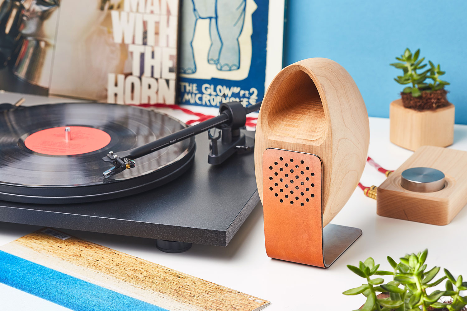 Grovemade Maple Speakers & Amp Lifestyle