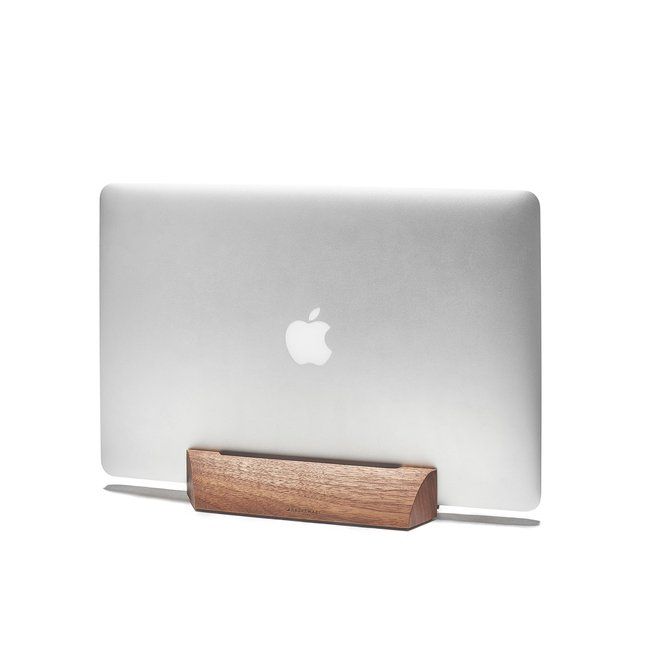 Walnut MacBook Dock - 15-INCH-MACBOOK-PRO-RETINA-OCTOBER-2016